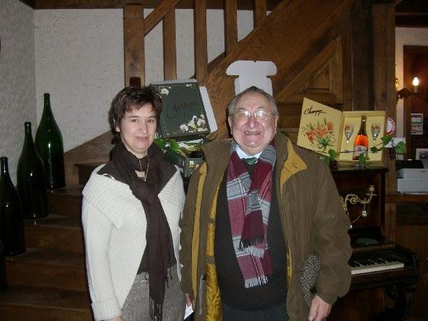 7年前に訪れたときの写真(左Sandrine, 右Charles氏)