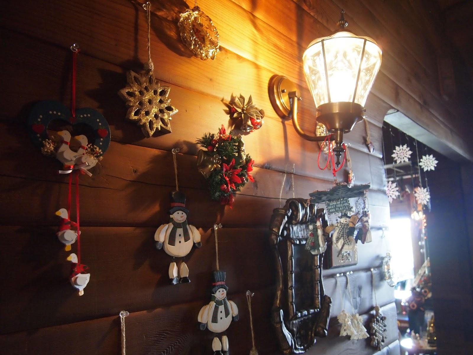 入り口からクリスマスモード全開です